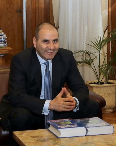 Tsvetan Gentchev Tsvetanov, Deputy Prime Minister and Minister of Interior of Bulgaria with Media Handbook